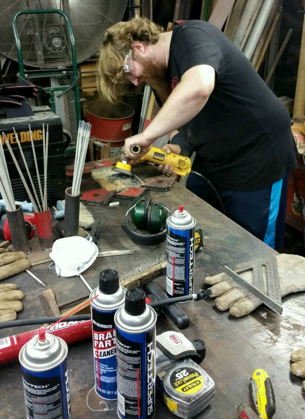 Mechanic Fashion Designer